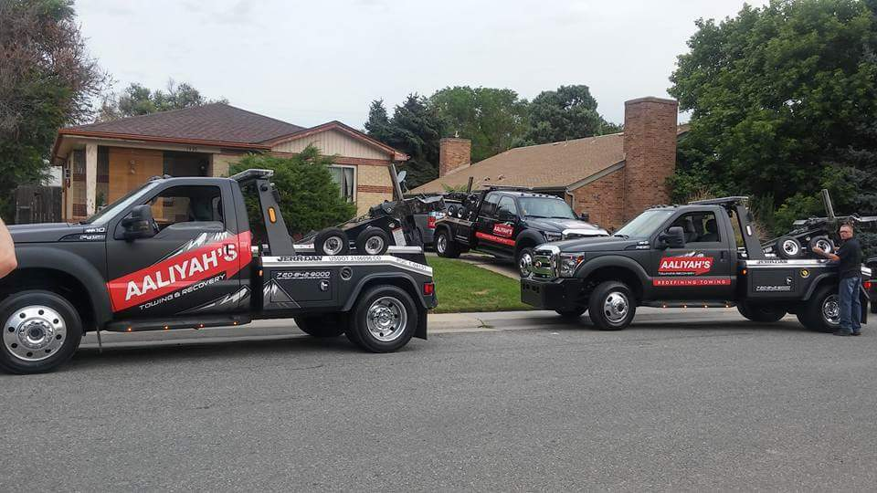 Vehicle Wrap Tow Truck